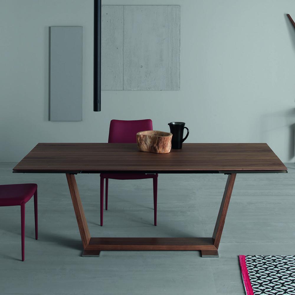 Tavolo allungabile con piano in legno ulisse design moderno for Tavolo in legno design