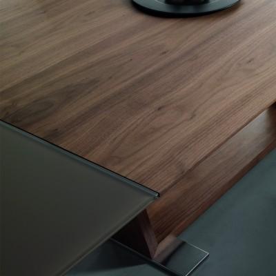 Tavolo allungabile con piano in legno Ulisse, design moderno